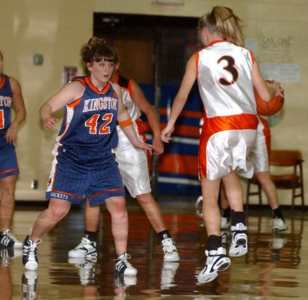Laura Fielden guards Ashley Mowery.